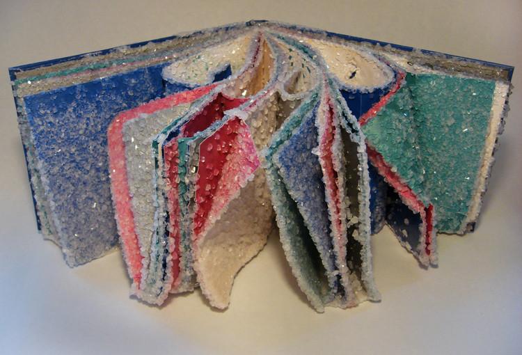 Kristallene Bücher-Skulpturen von Alexis Arnold