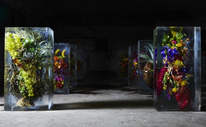 """""""Vereiste Blumen"""" von Blumenkünstler Azuma Makoto"""