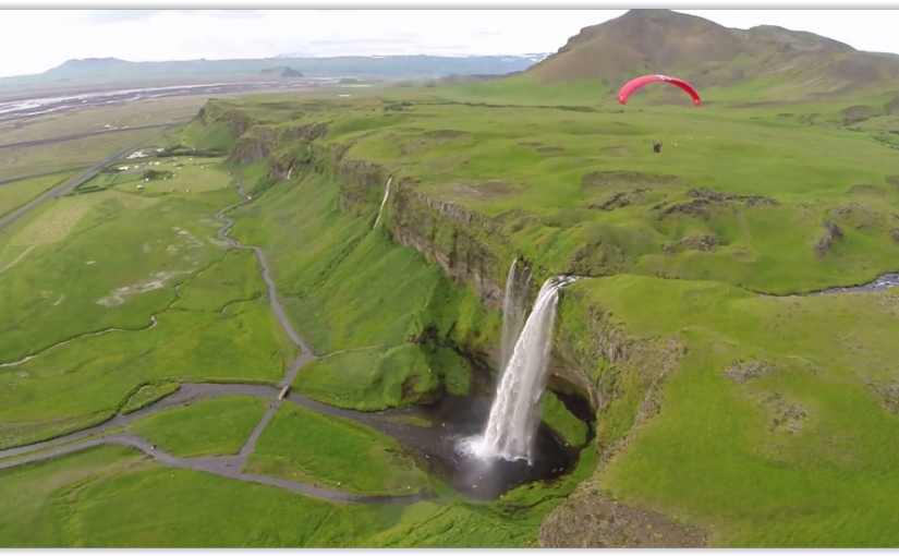 Paragliding in Island 2014
