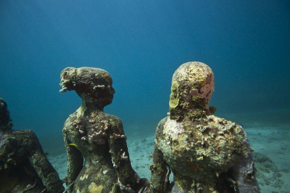 vicissitudes-018-jason-decaires-taylor-sculpture (1)