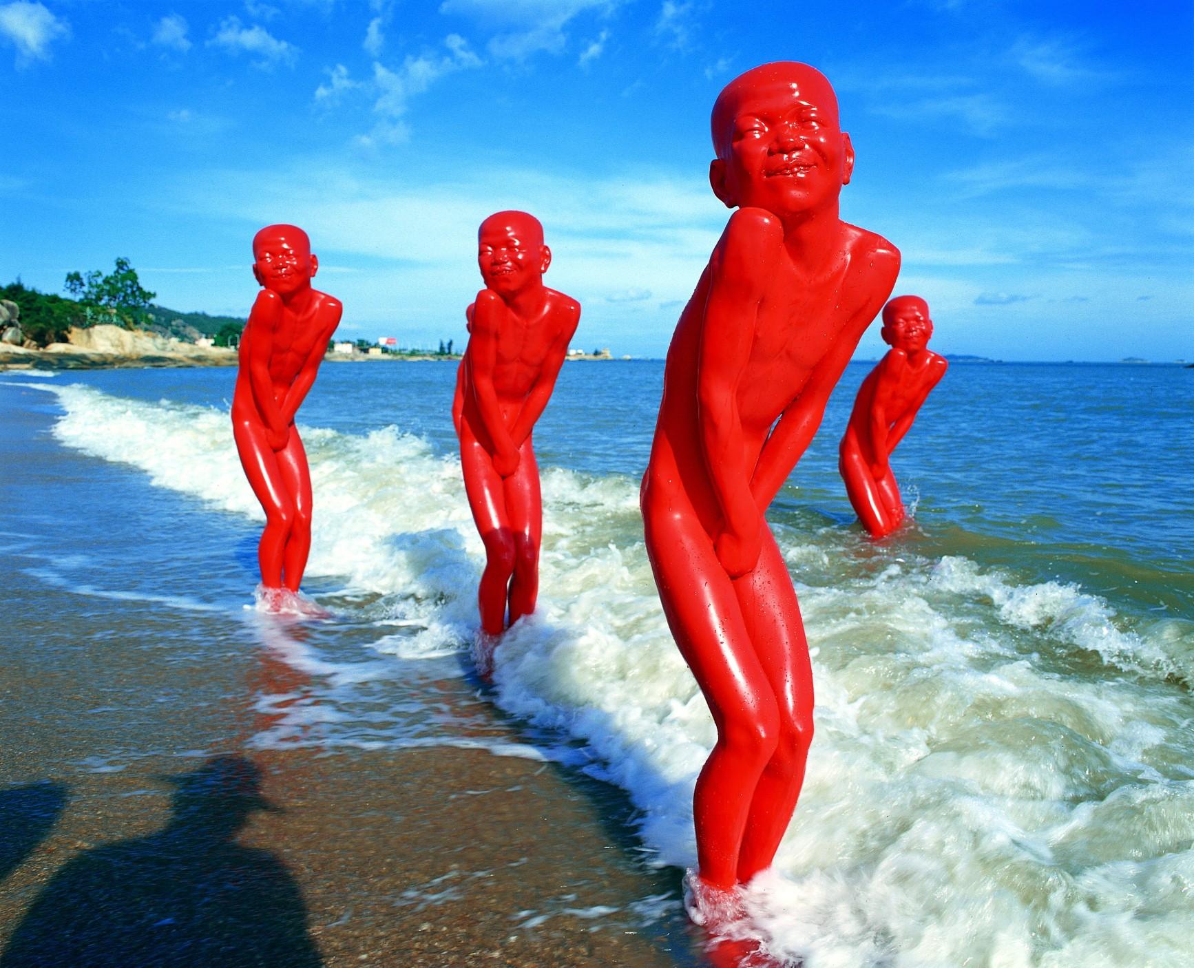 Chen-Wen-Ling-Beach-Sculpture-2