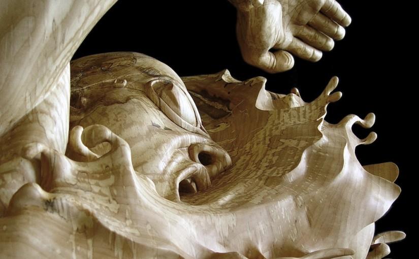 Realistische Holzskulpturen von Stefanie Rocknak