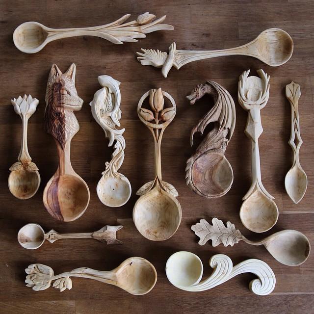 Handgemachten aus Holz geschnitzten Löffeln von Giles Newman