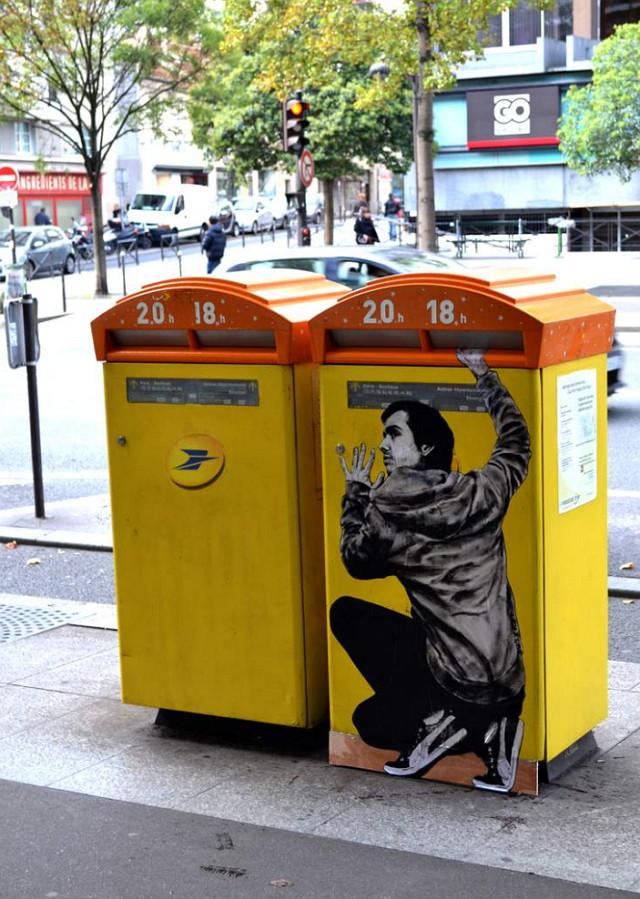 Levalet-Paste-Up-streetart-02