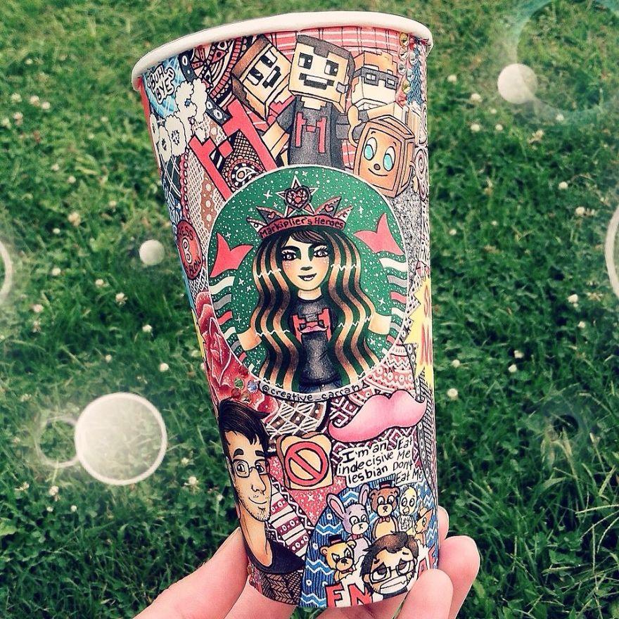 Starbucks Kaffeebecher als Kunstobjekt von Carrah Aldridge