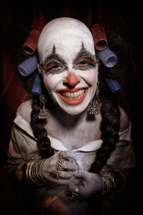 Portfolio_Clownville_mother_smiling