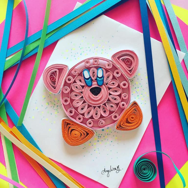 Ein runder rosa Teddybär