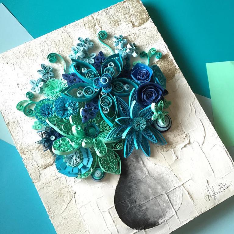 Blaue Blumen in einer Vase