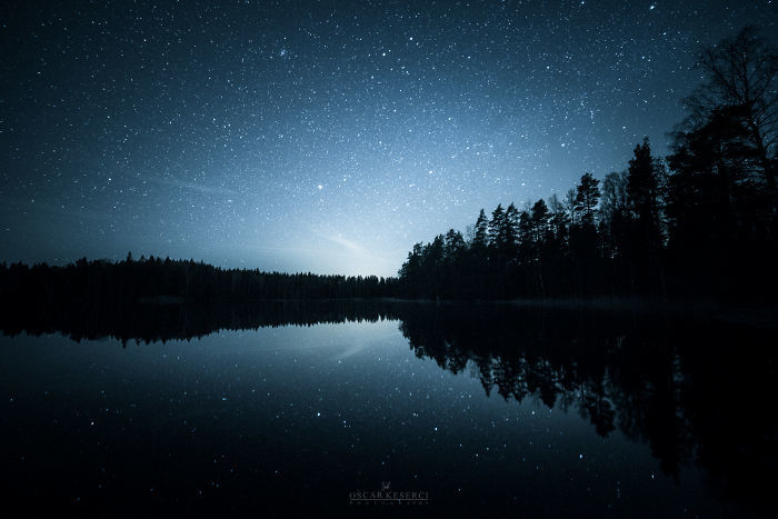Seelandschaft in der Nacht